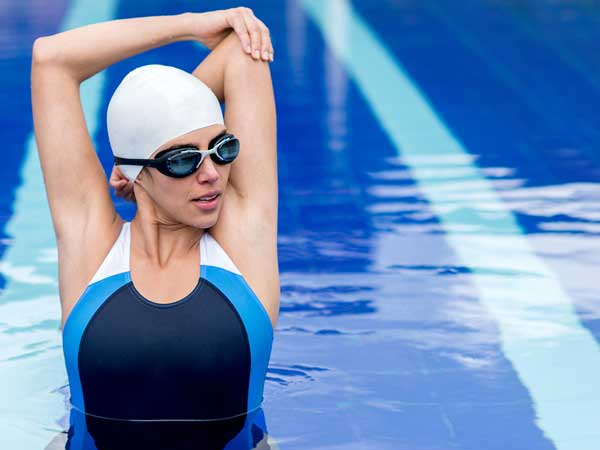5 Najbolj pogostih plavalnih poškodb